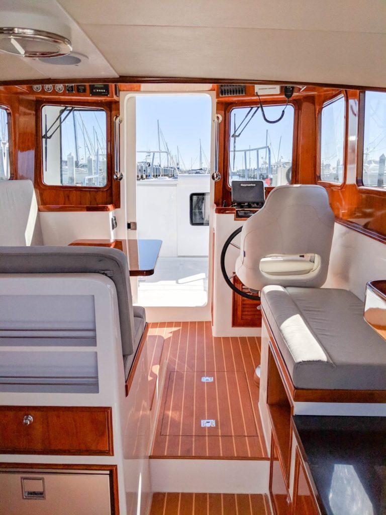 SeaPiper 35 - Modern Compact Trawler - SeaPiper